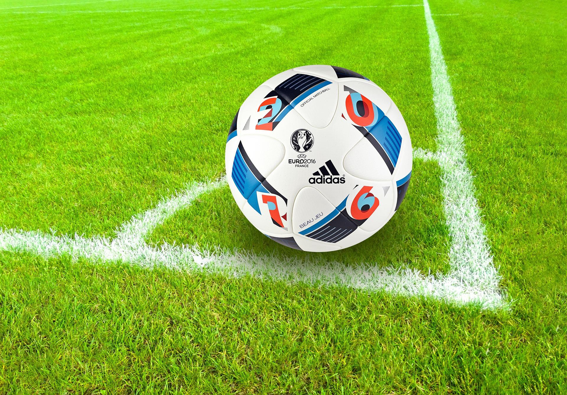 LINET Services veranstaltet Tippspiel zur Fußball-EM